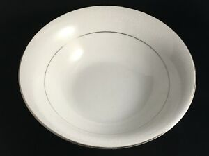 DYN4-by-Dynasty-China-8-3-4-034-Round-Vegetable-Bowl-White-Flowers