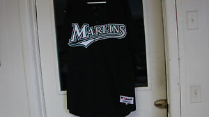 Dontrelle-Willis-Autograph-Signed-Jersey-Florida-Marlins-2003-ROY