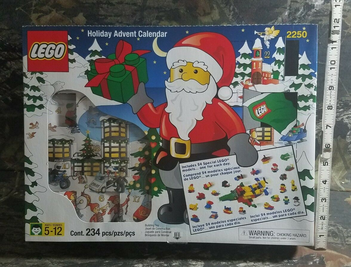 LEGO Holiday Advent Calendar 2250 Complete