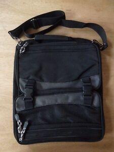 a1d0952680b Image is loading Black-Messenger-Backpack-Bag-Holdall-Black-Day-Travel-