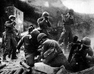 New-8x10-World-War-II-Photo-American-Soldiers-After-Crossing-the-Rhine-River
