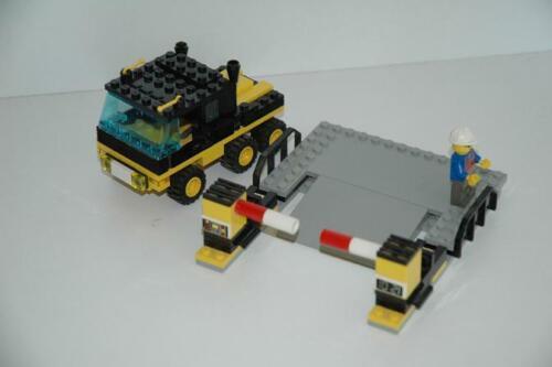 Lego 9V RC Eisenbahn TRAIN 4559 Station Laderampe und LKW