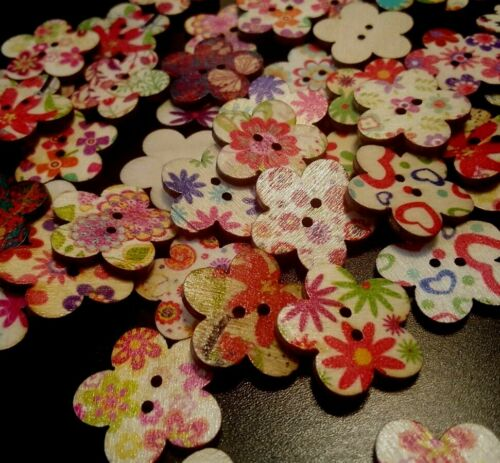 Scrapbooking -Crafting Sewing 50 Shabby Chic Buttons 25mm FLOWERS -Wood