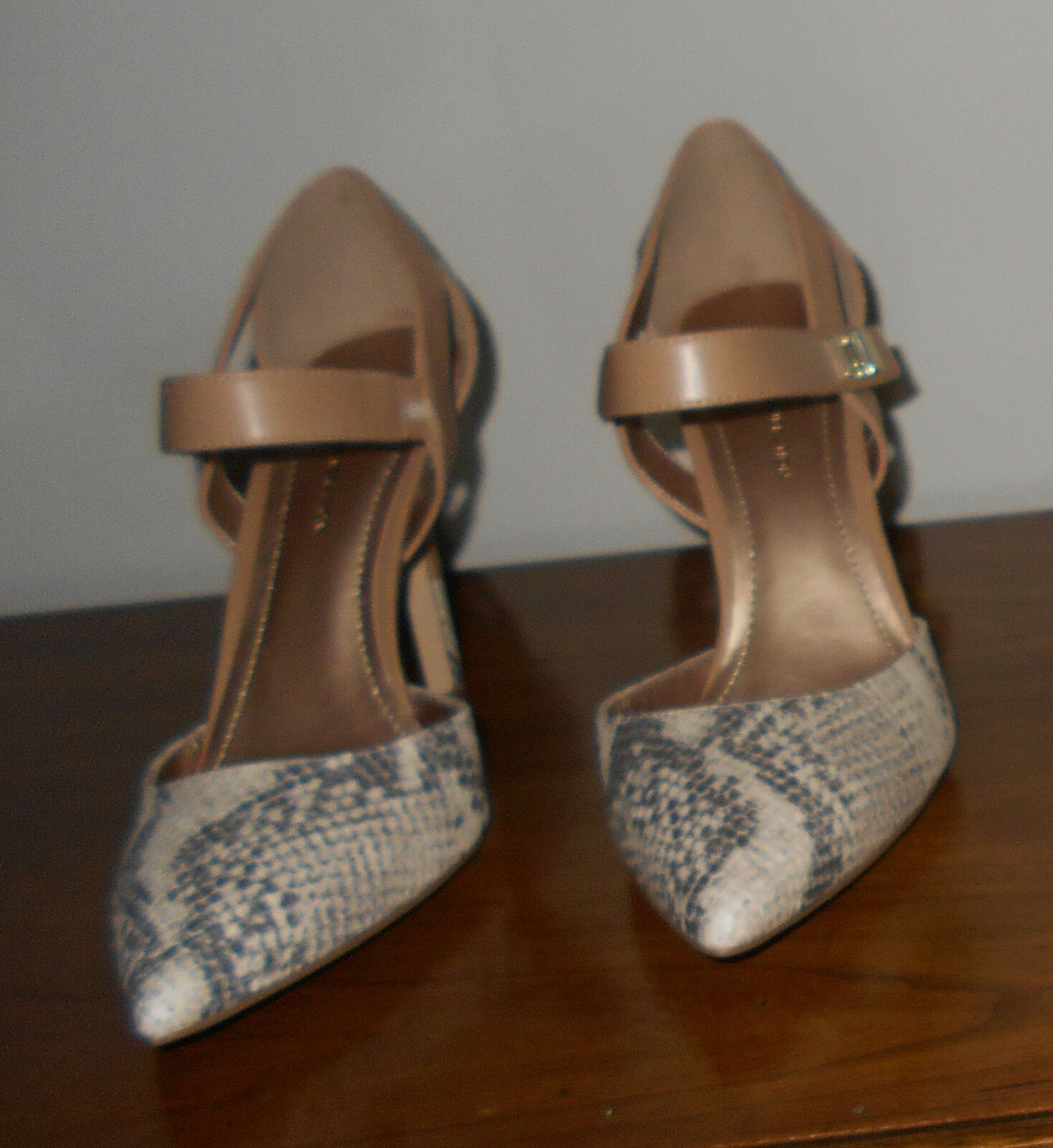 BCBGeneration Tan Reptile Print Mary Jane Pumps Pumps Pumps Größe 8 Medium NWOB e73eb9