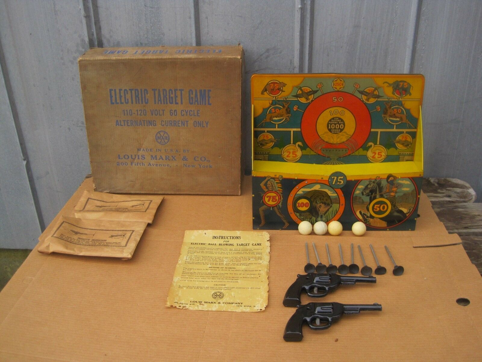 Vintage Marx Electric Ball Blowing Target Shooting Gallery Game w  Box  B8177