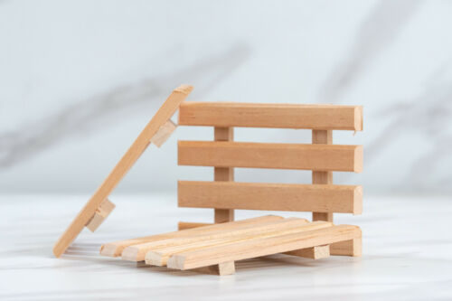 1 single natural aromatic Spanish cedar wood soap dish Made in USA