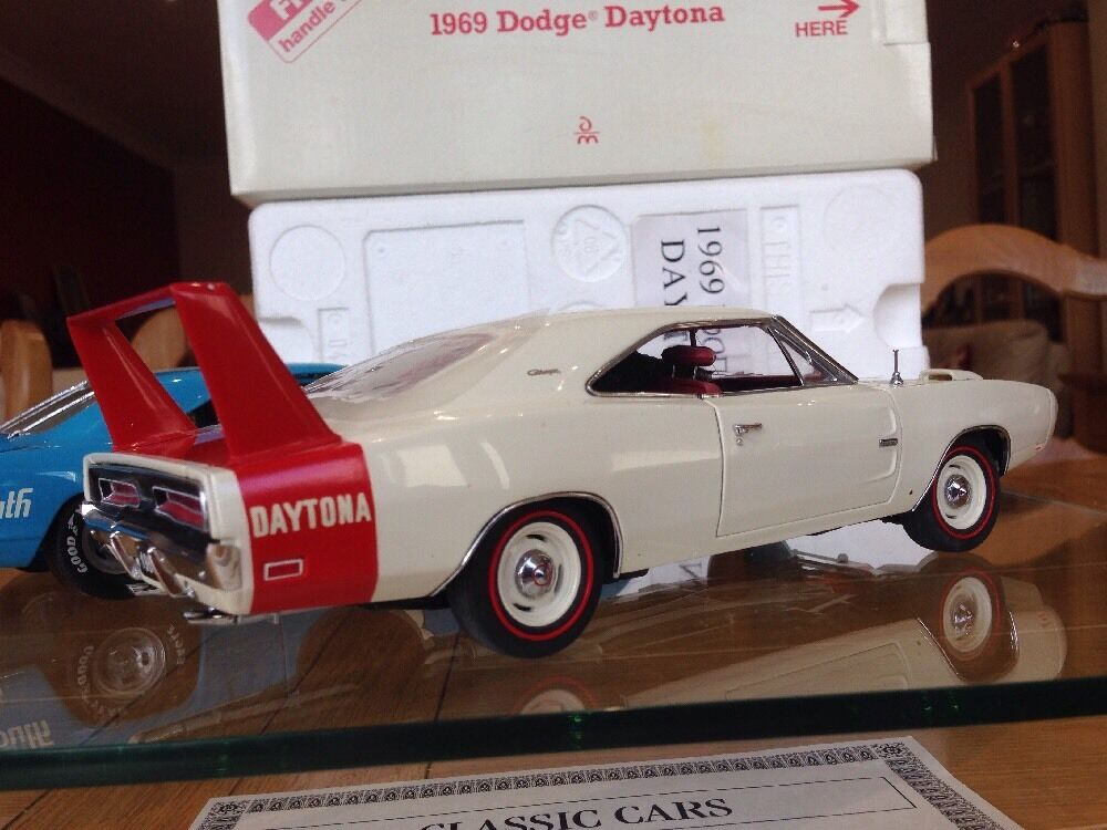 Franklin Danbury Comme neuf Dodge Charger Daytona Hemi Winged Warrior Aero car Mopar