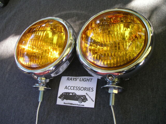 NEW PAIR OF SMALL AMBER VINTAGE STYLE FOG LIGHTS IN 6-VOLTS !