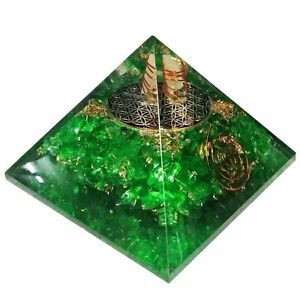Extra-Large-70-75MM-Green-Peridot-Stone-Orgorne-Natural-Gemstone-Pyramid-Organit