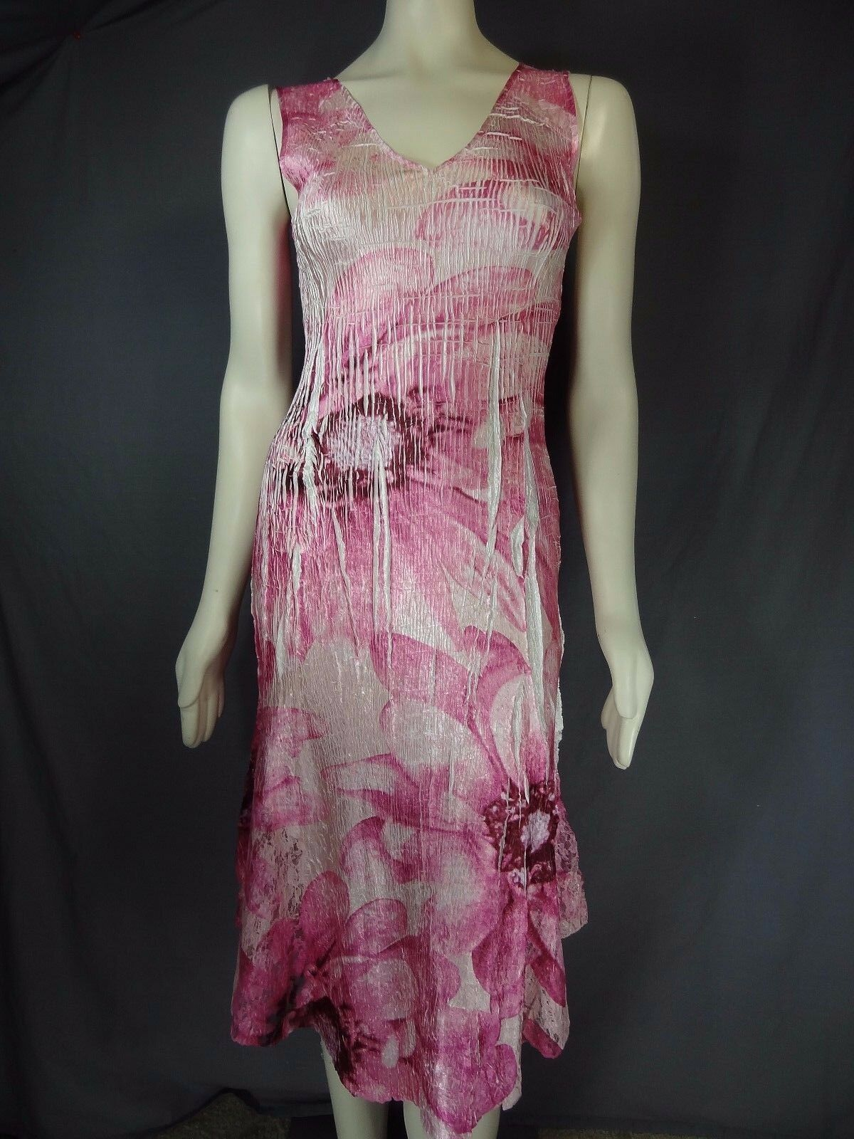 Komarov Dress Sleeveless Pink Floral Lace Trim Knee length  Dress size S