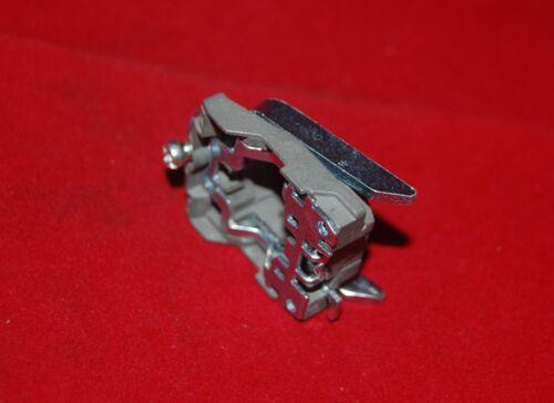 2PCS se adapta ZB4 BZ009 Cuerpo De Metal//collar de fijación para su uso con bloqueo eléctrico XB4