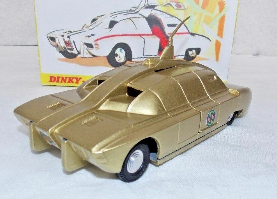 DINKY 105 105 105 MAXIMUM SECURITY VEHICLE FULLY RESTORED IN 18K gold PAINT  DISPLAY BOX e3b4aa