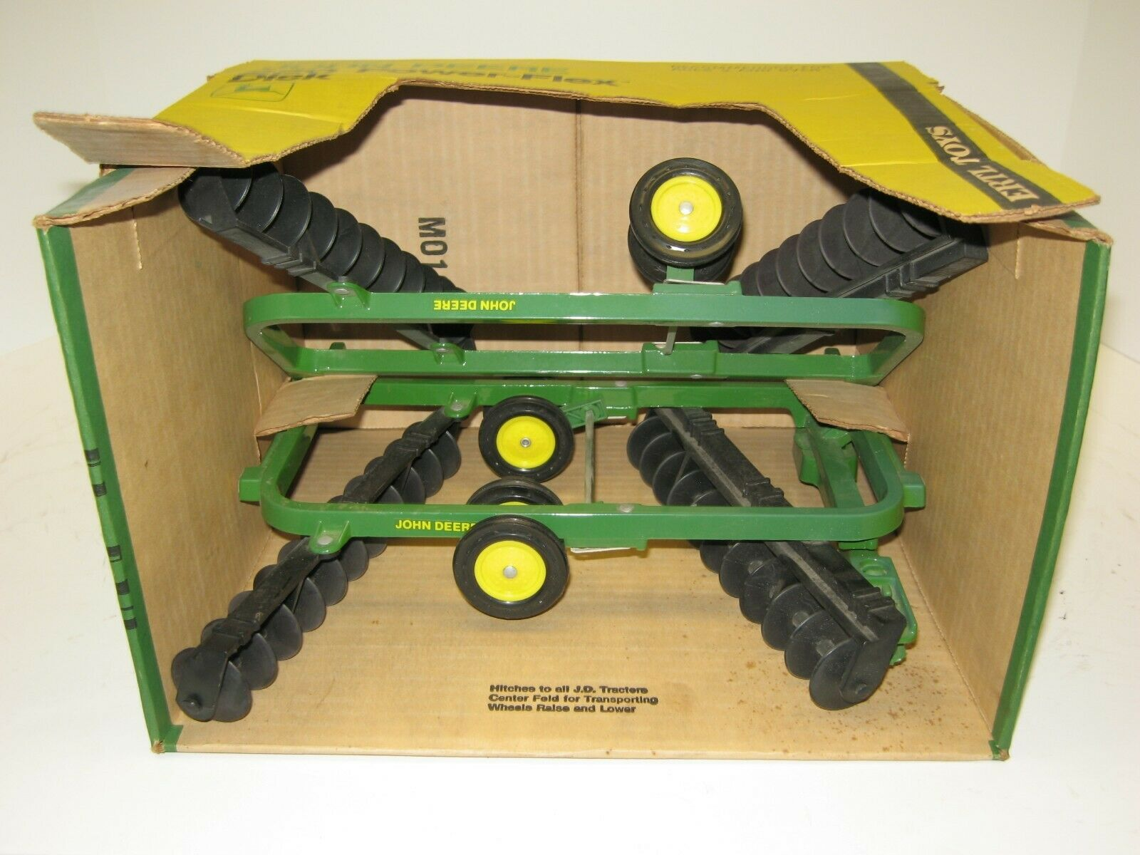 1 16 JOHN DEERE 220 POWER-FLEX DISK w schwarz GANGS NIB free shipping
