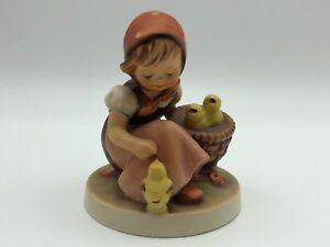 Hummel-Figurine-57-0-Kukenmutterchen-3-1-2in-1-Choice-Top-Condition