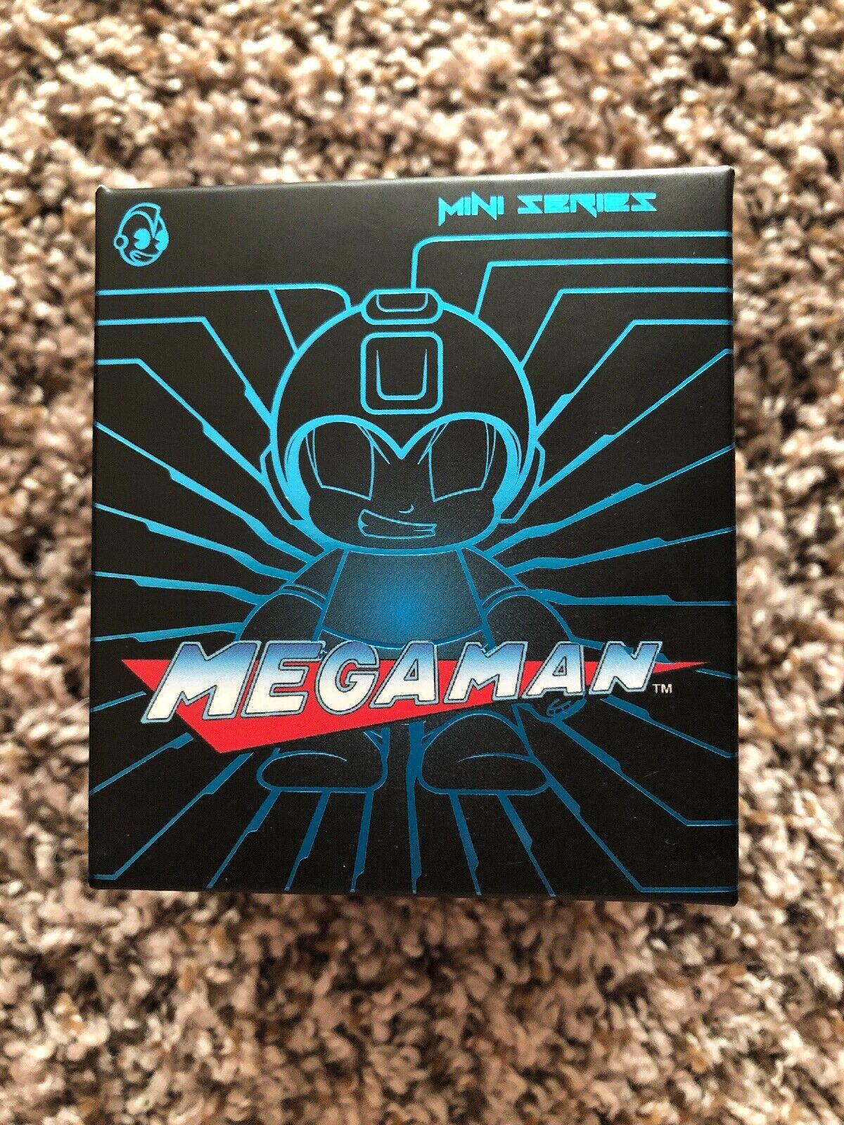 SDCC  2016 Kid Robot Mega Man Action Figire