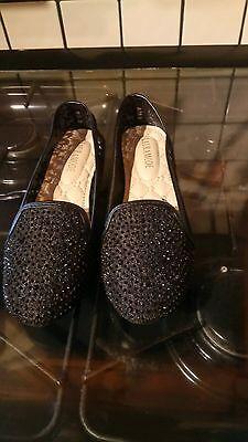 Totalmente nuevo para mujer Negro Brillante Resbalón en Zapatos Talla 3