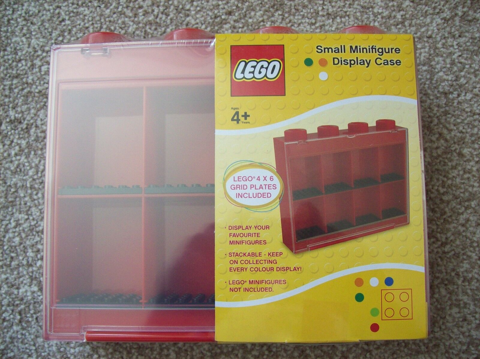 LEGO 8 MiniFigure Display Case (Red)   BRAND NEW & SEALED