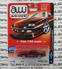 Auto World 1:64 2017 Deluxe Series Release 1 1987 CHEVY CAMARO Z28 IROC-Z VerA