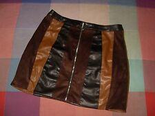 Falda minifalda stradivarius estampado desigual en telas y tonos M