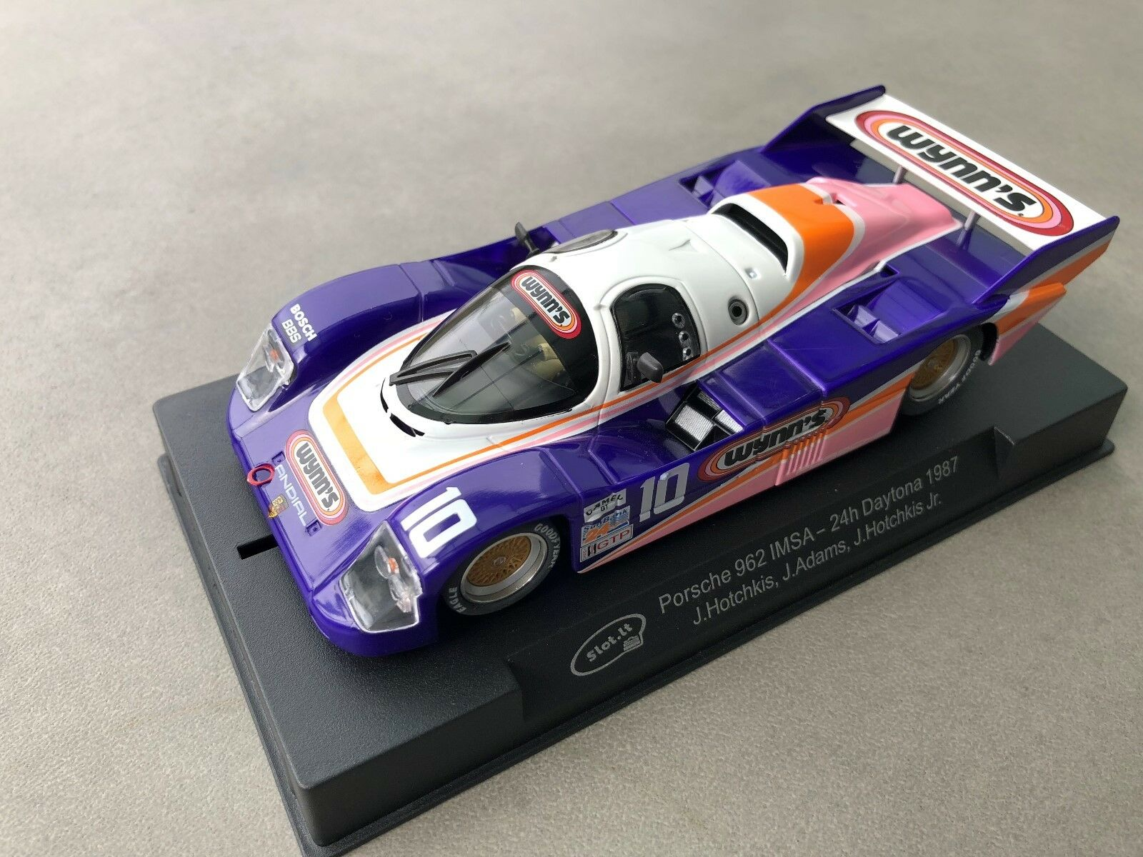 Slot  CA25d Porsche 962 Imsa -24H Daytona 1987 J. Hotchkis,J. Adams