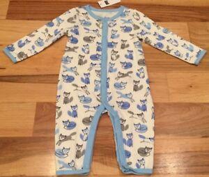 Baby-Gap-Boys-6-9-Months-One-Piece-Romper-Blue-White-Gray-Fox-Romper-Nwt