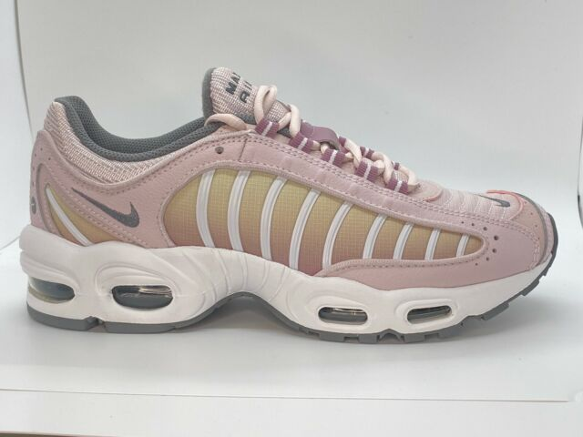 NEW Authentic Nike Air Max Tailwind IV Women Size 9 CK2600-600 MSRP $160