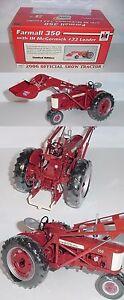 1-16-Farmall-350-Tractor-W-IH-33-Loader-NIB-2006-Wold-Pork-Expo