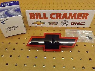 15635564 1994-2004 Chevrolet S-10 OEM Red SS Bowtie Grille Emblem NEW