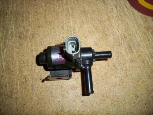 1999-02 Toyota Tacoma 4Runner Genuine Vacuum Switching Valve  # 90910-12245