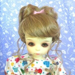 Monique-LYDIA-Lt-Straw-erry-Blond-Full-Cap-Doll-Wig-Size-8-9-Up-do