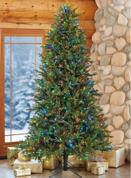 best loved 93c1c fd696 Aspen 7.5ft (2.3m) Pre-Lit 700 LED Dual Colour Artificial Christmas Tree 7  mode