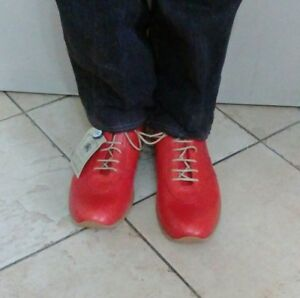 Dettagli su Scarpe uomo shoes men's ALKIS taglia 44 rosso passeggiata nuovo con etichetta