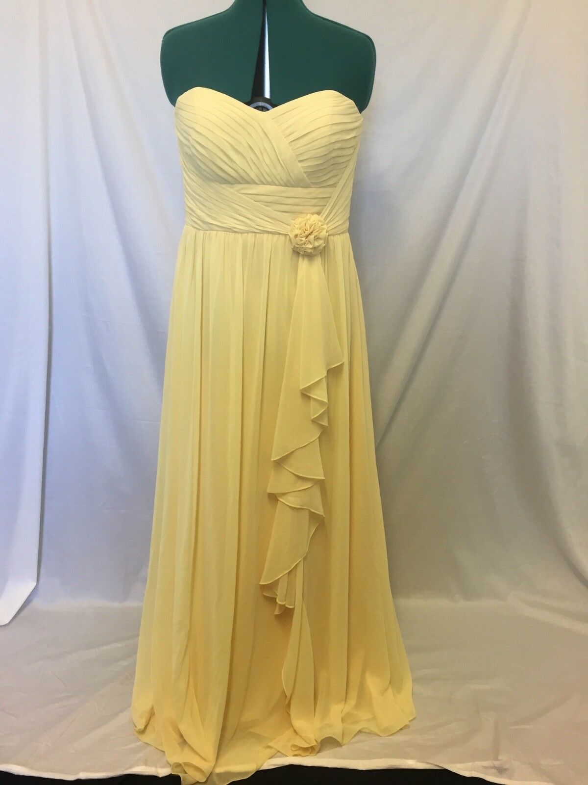 Bari Jay long Yellow pleated with flowers dress aprox size 12-14