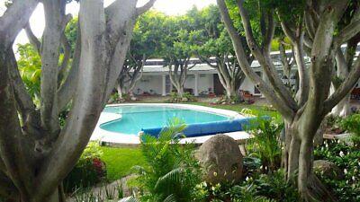 En 1 planta.Casa con vigilancia,albercas,jardines.En fraccionamiento Rancho Tetela