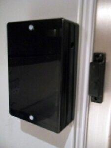 BLACK-FRIDGE-FREEZER-DOOR-ALARM-WITH-ADJUSTABLE-TIME-DELAY