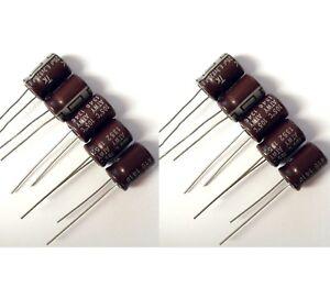 10x Condensateur 6.3 V 820 uF radial électrolytique / 10x Aluminium Capacitor