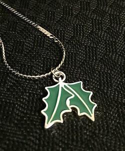 Christmas-Pendant-Coloured-Silver-Christmas-Leave