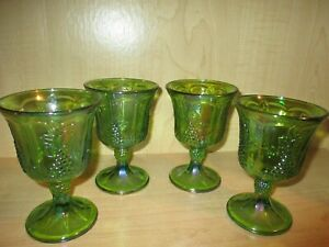 Indiana-Glass-4-Iridescent-Green-Carnival-Harvest-Grape-Goblets-Vintage