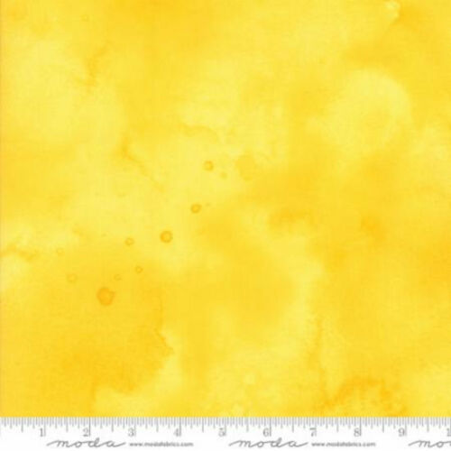 Moda Basics Watercolor Pineapple 100/% cotton Fabric  Patchwork Quilting