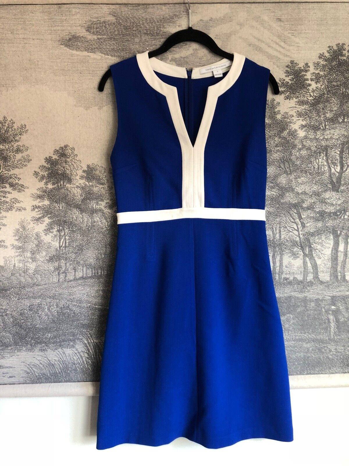 Diane Von Furstenberg Azul blancoo Retro Vestido sin  mangas Shift Talla 2  precios al por mayor