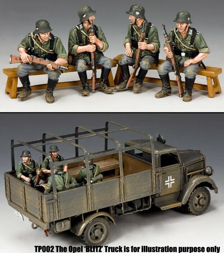 KING & COUNTRY WW2 GERMAN ARMY WH048 WEHRMACHT SITITNG SOLDIERS MIB