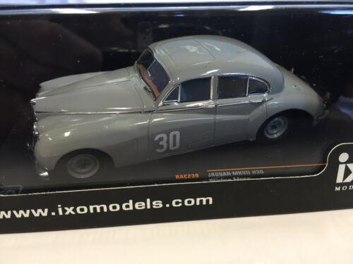RAC239 Jaguar MKVII #30 Stirling Moss Winner Silverstone 1952 1:43 IXO  RALLY