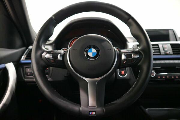 BMW 320i 2,0 Touring M-Sport aut. - billede 3