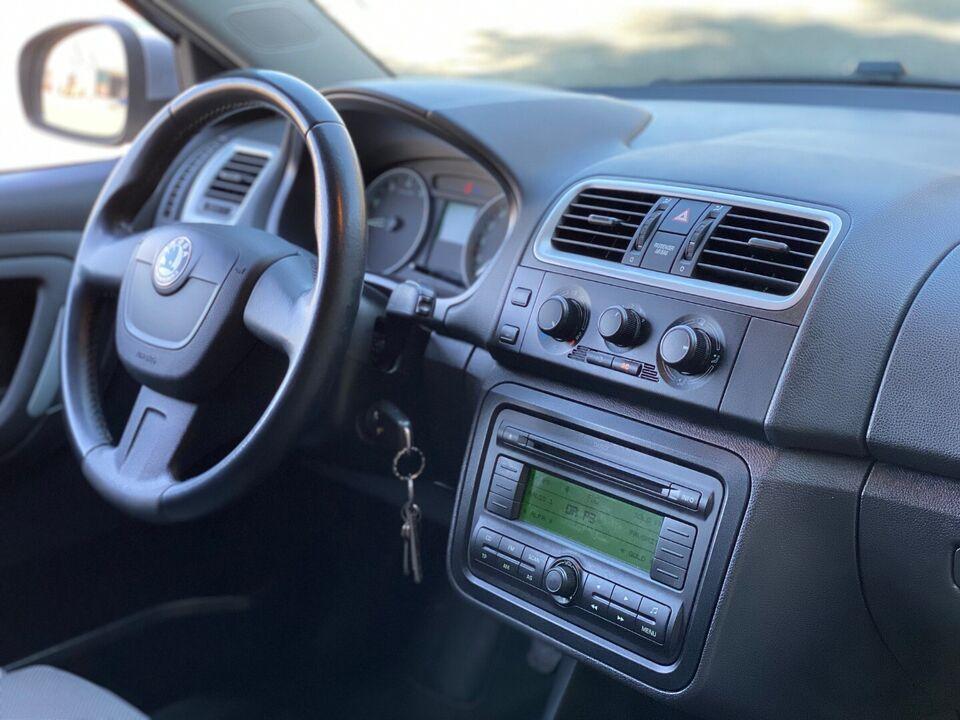 Skoda Fabia 1,4 16V Sport Combi Benzin modelår 2010 km