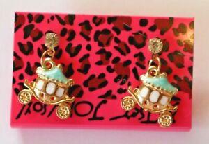 Betsey-Johnson-Crystal-Rhinestone-Enamel-Carriage-Post-Earrings