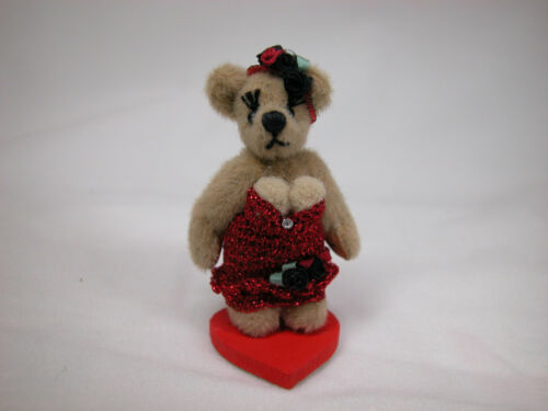 "World Of Miniature Bears Dollhouse Miniature 2.25/"" Dolly Bear #724"