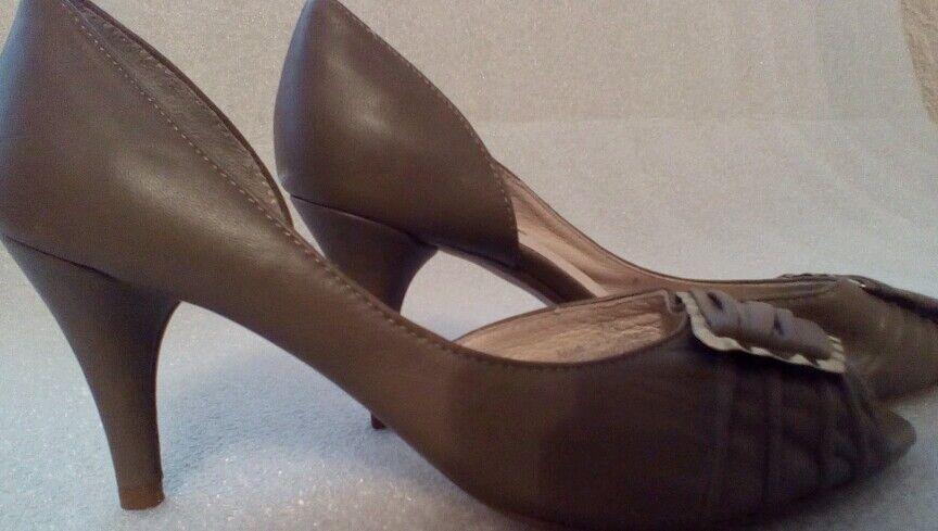 Autograph sz 3.5 taupe court leather shoes comfort 3