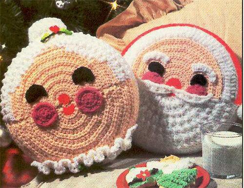 Crochet Pattern- Mrs Mrs Santa Claus Crochet Cushions-you need 4ply wool