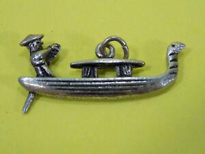 Vintage-Sterling-Silver-Boat-Charm-for-Bracelet-See-Pics