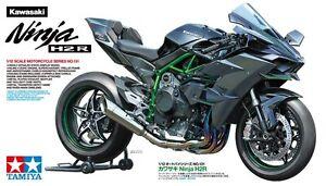 Tamiya-Kawasaki-Ninja-H2R-motorcycle-1-12-scale-plastic-model-kit-new-14131-sun
